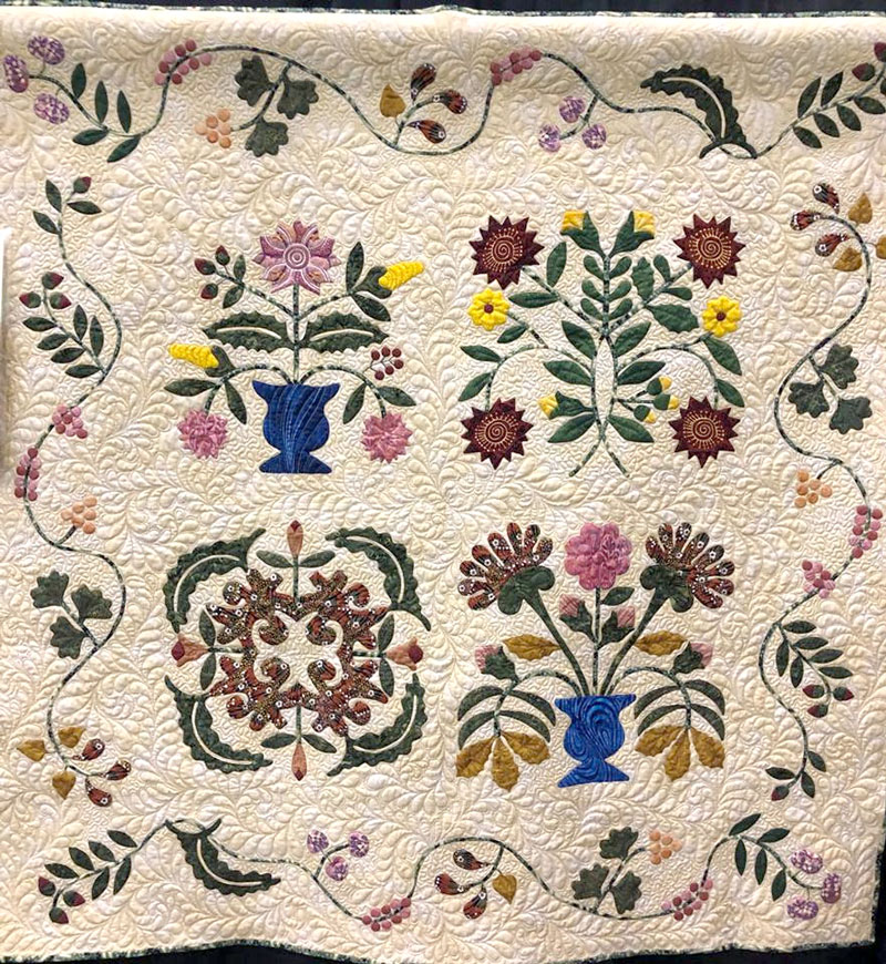 Mary Down Under No. 2, hand appliqued by Barbara G. Buchanan, machine quilted by Maria O'Haver