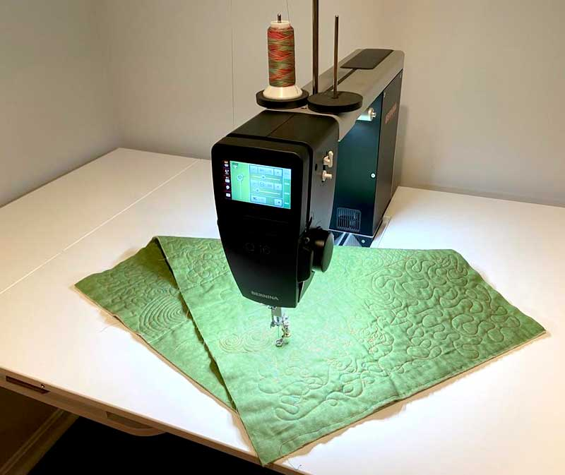 Cliff Wilson's BERNINA Q16 and machine quilting example