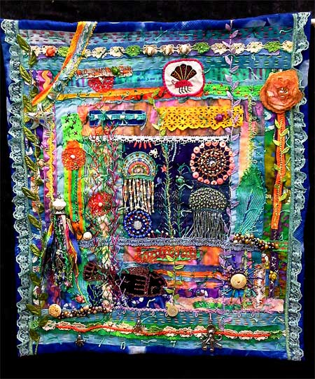 Under the Sea art quilt by Linda Morgan