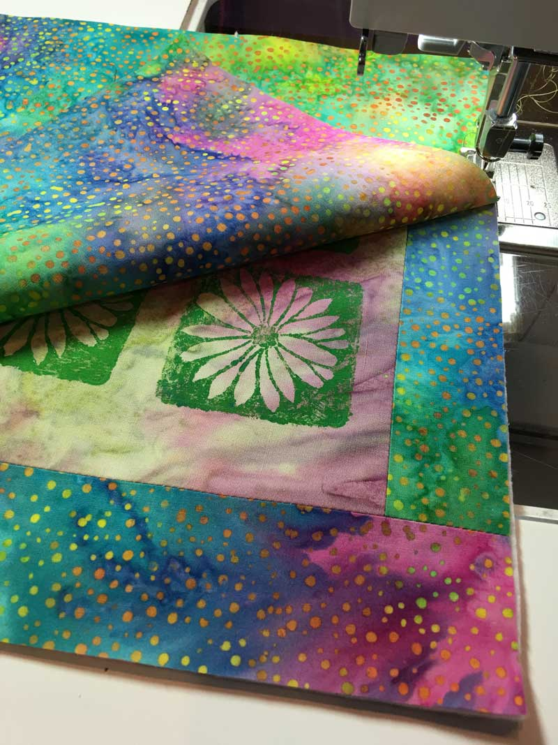 Using the pillow case construction method to complete quilt-let